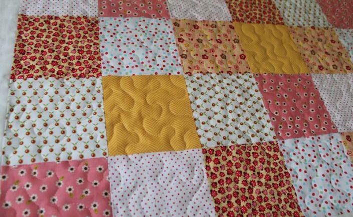 baby quilt tutorial 8 freihandquilten oder stitch in the ditch quilt virus. Black Bedroom Furniture Sets. Home Design Ideas
