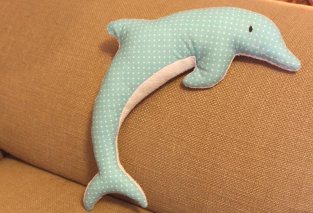 Delfin-Kuschel-Kissen 5