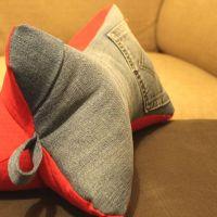 Leseknochen mit Jeans und Cord #2