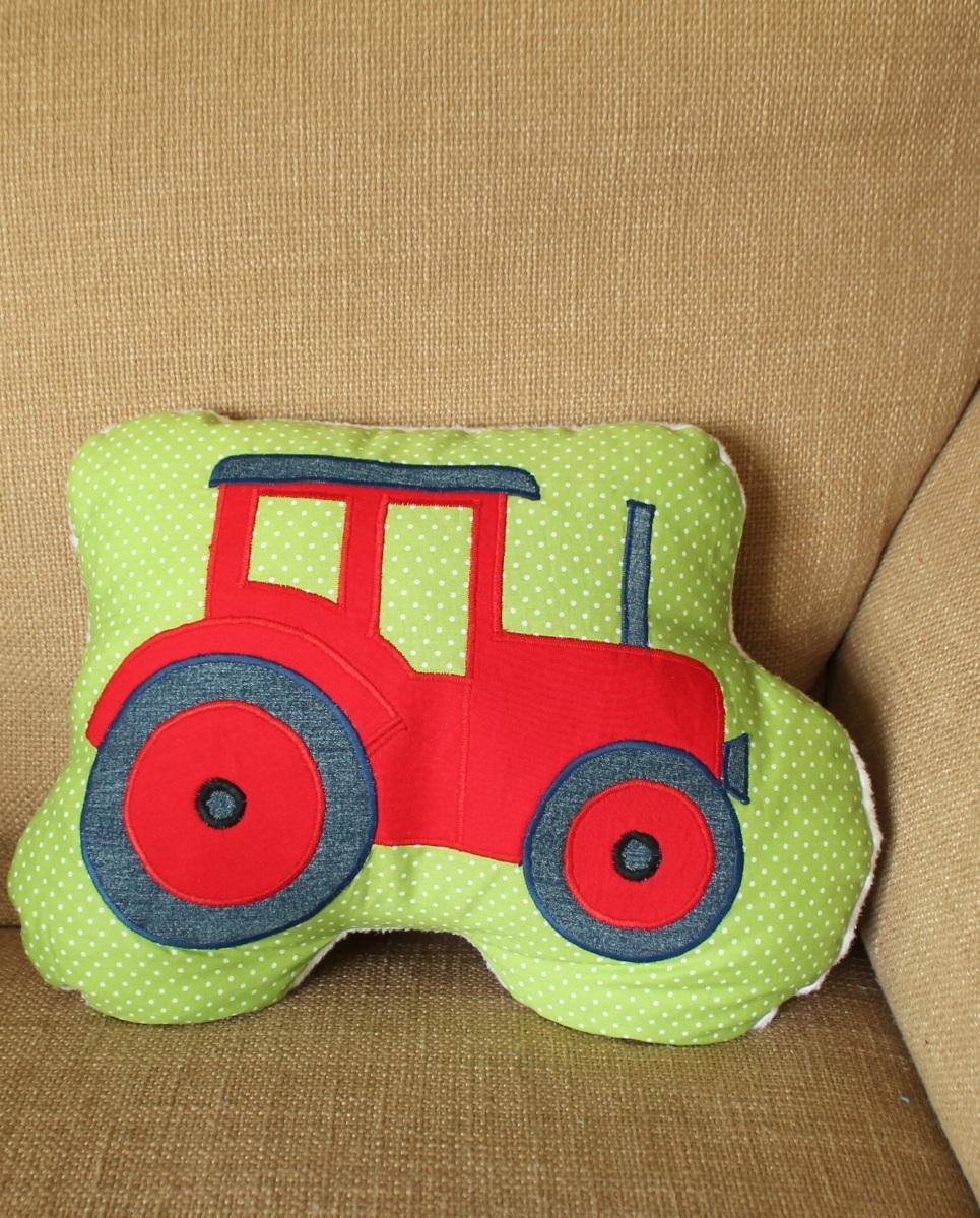 Traktor Kissen: Eigenes kostenloses Schnittmuster
