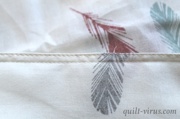 Loop Feathers #1