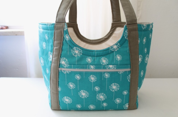 pool side tote 2